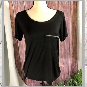Forever 21 Soft Black Casual T-Shirt